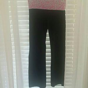 VS Pink yoga pants.