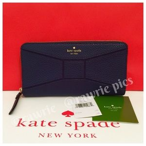 New Kate Spade pebbled leather navy bow tie wallet
