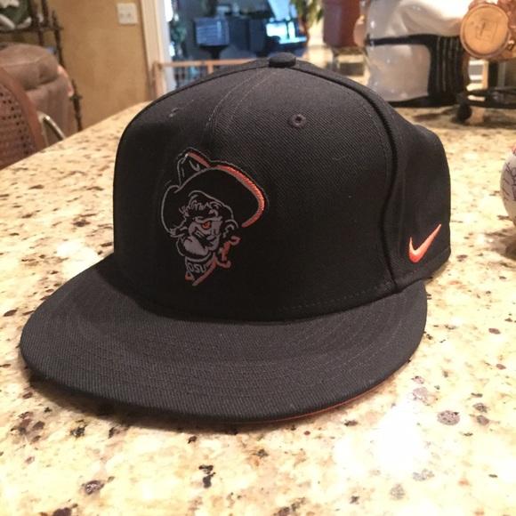 Nike Oklahoma state baseball hat. M 577adb006a583077f5079490 ca96a911b41