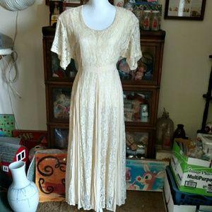 90's Vintage Lace Dress