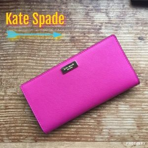 Host Pick Pink Kate Spade Wallet