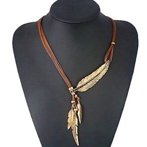 HOST PICK! New Feather Pendant Statement Necklace