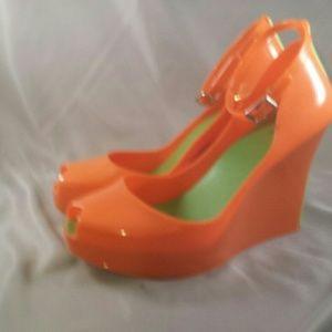 New High Heel Wedge Size 6.5