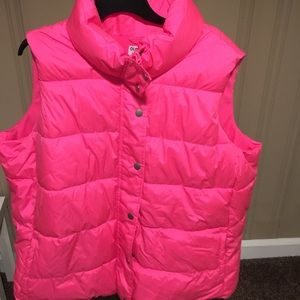 Bright Pink Old navy puffer vest!