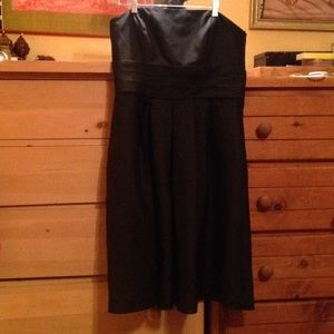 Ann Taylor, LBD, size 12, a must have!
