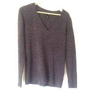 H&M Sweaters - H&M grey slouchy sweater