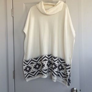 Old Navy Tops - Cream poncho