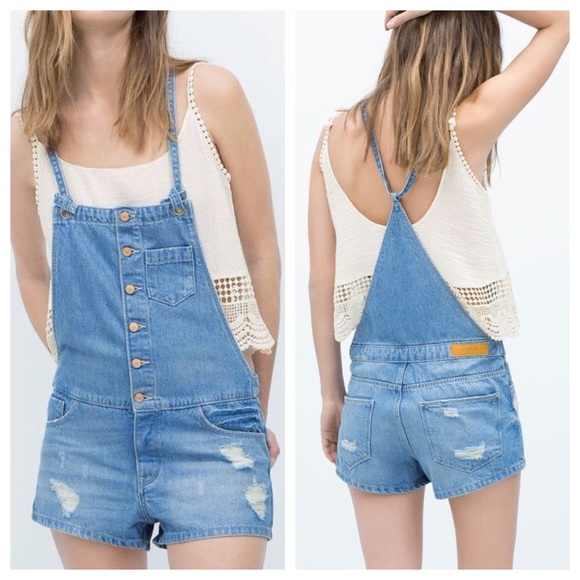 473c70cdd90c Zara TRF Vintage Denim Shorts Overalls   Dungsrees.  M 577c0008f0928244f40946a2