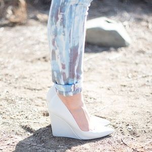ZARA White Leather Pointy Wedge Pumps size 37 or 7