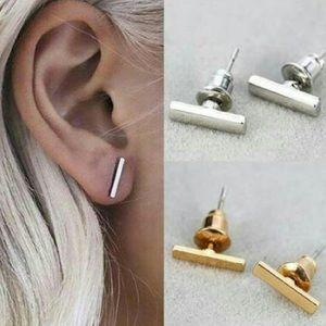 Jewelry - 💕New minimalist bar earrings 💕