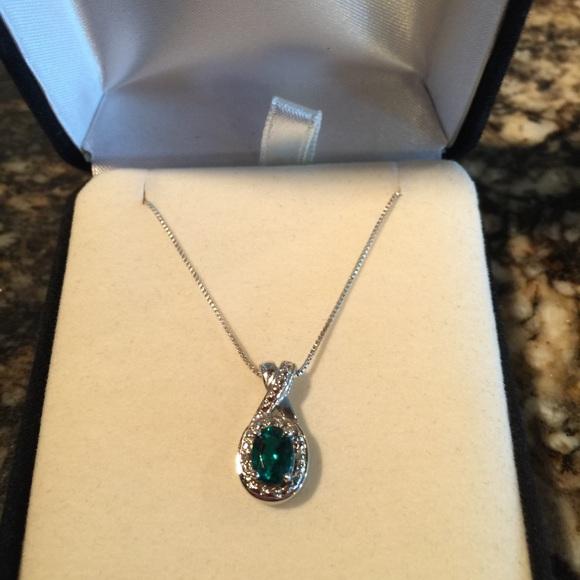 811b1f488 Kay Jewelers Jewelry | Emerald Pendant With 18 Necklace | Poshmark