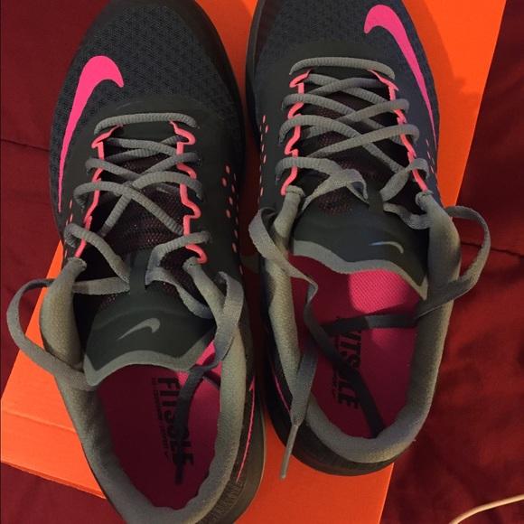 more photos 1bd4e 3e141 Women s Nike FS Lite Run 2. M 577c5b8278b31cb68e012a80