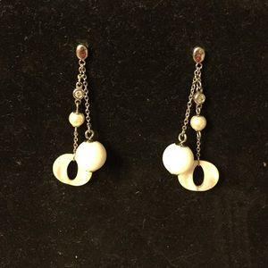 NORDSTROM White Dangling Earrings NWOT