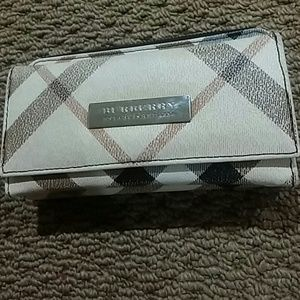 Burberry wallet clutch purse