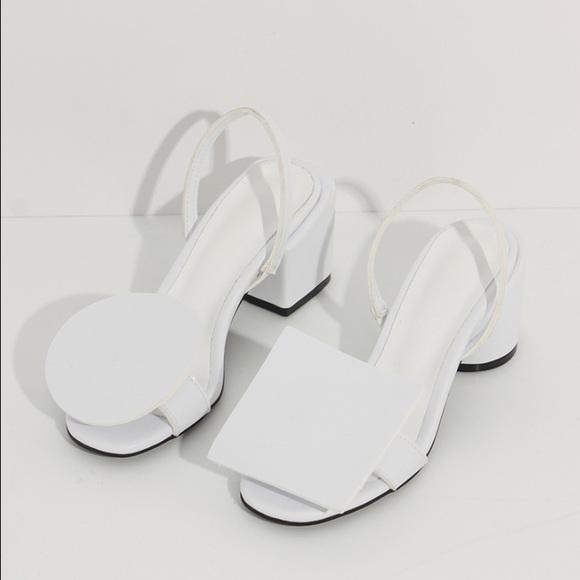 Jacquemus White Leather Minimal Sandal