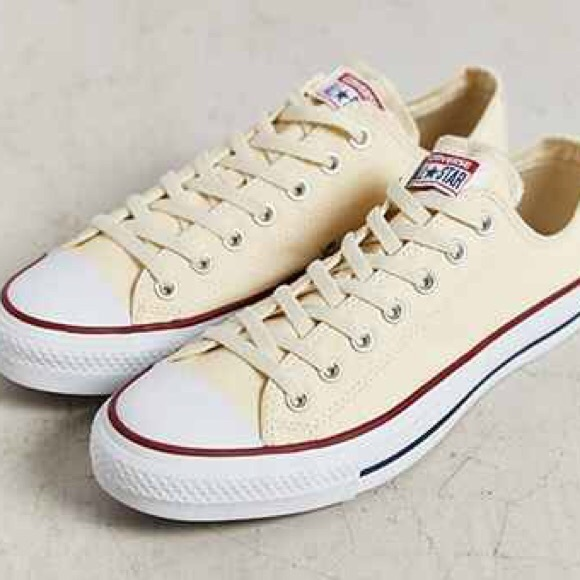 SALE: Converse Cream White Low Top Sneakers Size 8