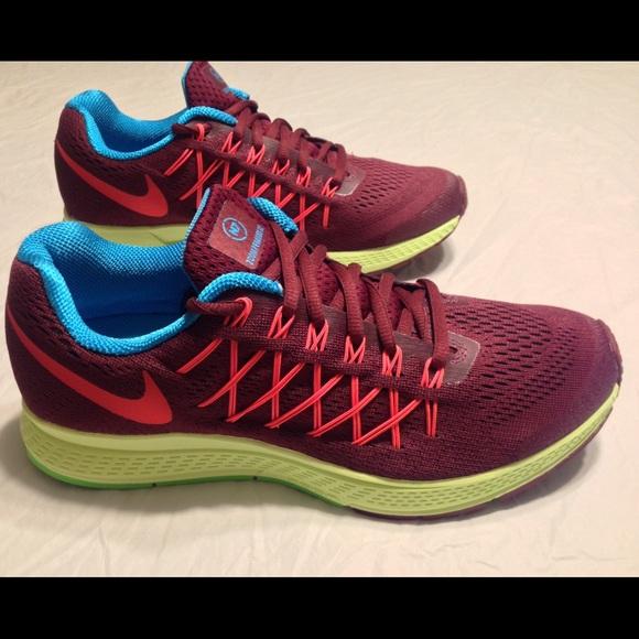 separation shoes 010a3 f11de Nike Shoes | Womens Air Zoom Pegasus 32 Sneakers | Poshmark