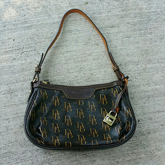 Dooney   Bourke Handbags - Dooney Bourke 1975 Signature Patty Pouchette Demi 3c7100d8028e1