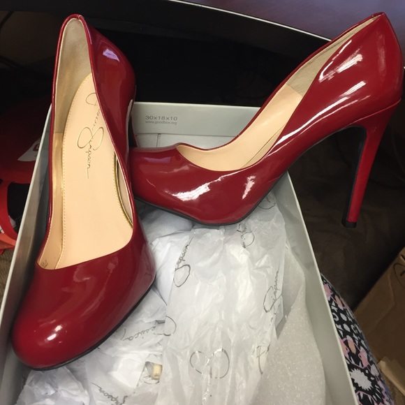 Jessica Simpson Women's Calie True Red Pump 7 M