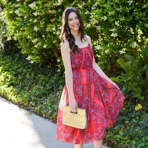 Banana Republic Dresses & Skirts - Stunning Banana Republic Paisley Midi Dress