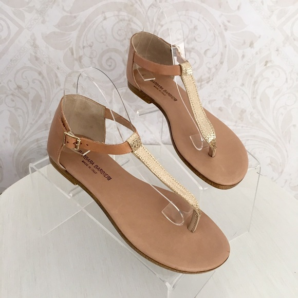 fb6166aeecbcdf Barbara Barbieri Shoes - 💥HP💥 Barbara Barbieri tan   gold thong sandal