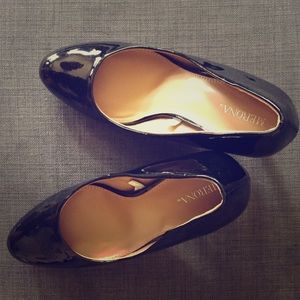 Black heels || Designer: Merona for Target