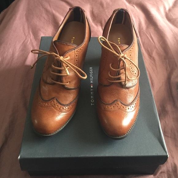 bea1b8779cee Tommy Hilfiger Oxford Heels