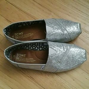 TOMS Shoes - Silver Toms Boat Shoes