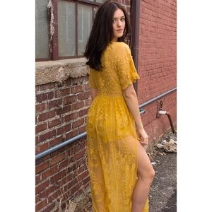64d071340c89 Honey Punch Dresses - Chloe Embroidered Lace Maxi 💛