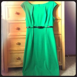 Connected Apparel Dresses & Skirts - Green Midi Dress
