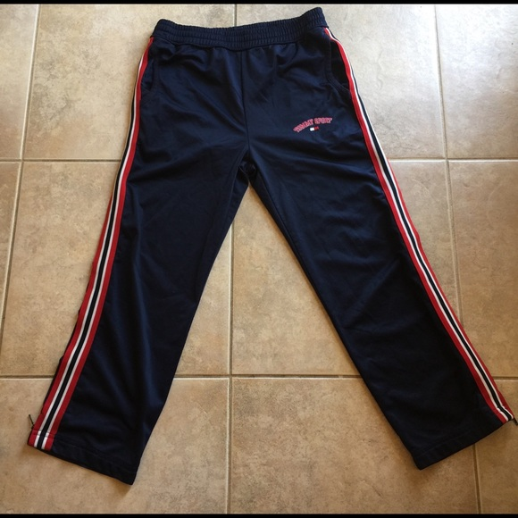 TROUSERS - Shorts Tommy Jeans 100% Original For Sale From China Free Shipping Low Price Shop For Cheap Online t3RYfeLh