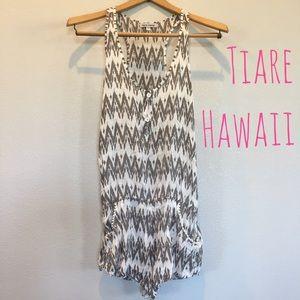 Tiare Hawaii Pants - Tiare Hawaii Pom Pocket Romper - R$95