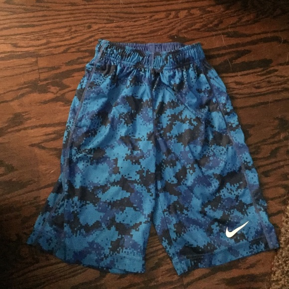 66% off Nike Pants - Boys Nike dri fit patterned shorts from ...
