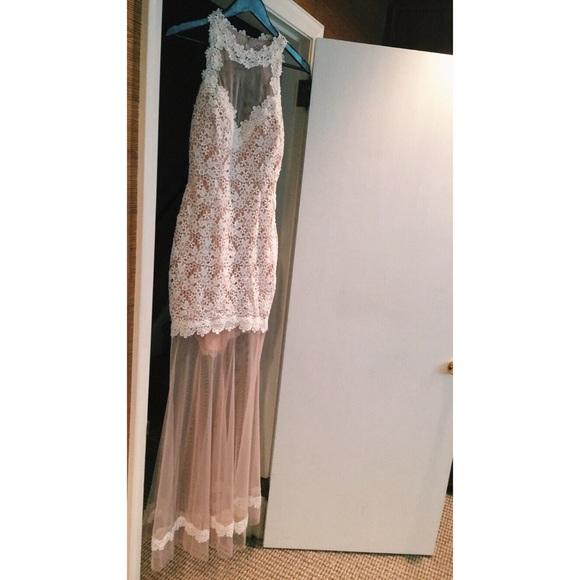 57ff2713 Avery G Dresses & Skirts - Avery G Sleeveless Lace Illusion Hem Gown