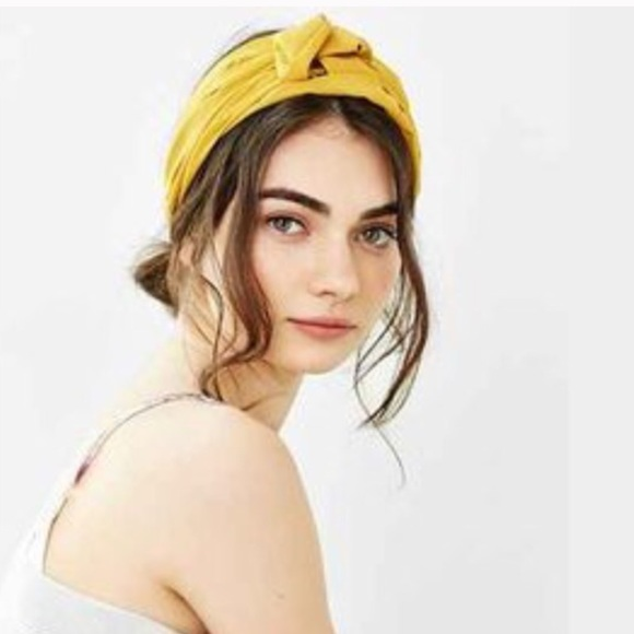 ❗️1 LEFT❗️Urban Outfitters Mustard Yellow Headwrap 87110d16bc9