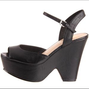 Shoes - Dolce Vita Jacobi Wedge Sandal size 9 Black