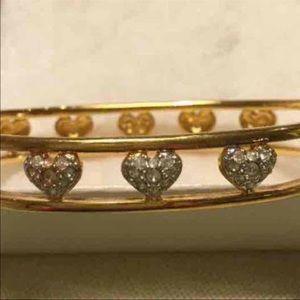 Authentic Swarovski cuff with jeweled hearts ❤️