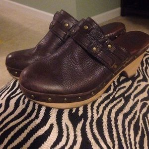 Lucky Brand brown leather clogs, size 8 1/2