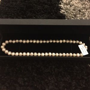 Brand new fresh water pearl necklace