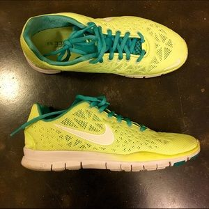 Nike Free Run 5.0; US size 8; neon yellow + teal