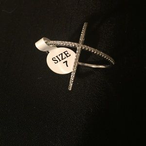 Jewelry - Delicate 'X' Rhinestone Ring