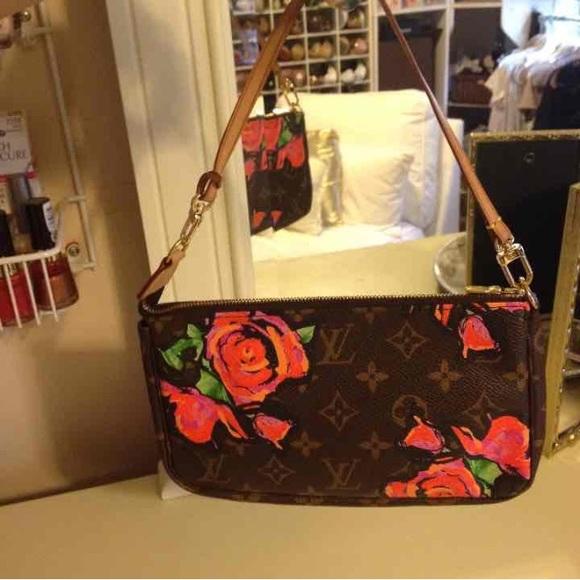 797202996553 Louis Vuitton Handbags - Louis Vuitton Stephen Sprouse Roses Pochette