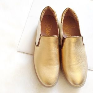 Sam Edelman Shoes - Sam Edelman gold slip ons