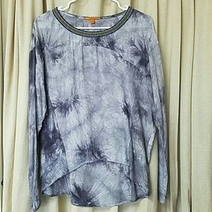 Long sleeveless blouse. Sz M