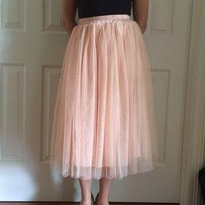 Pale pink tulle midi skirt