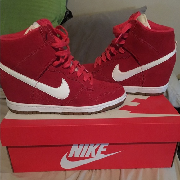 Women s Nike dunk sky hi red 8.5 wedge sneakers. M 577e9ef7b4188e3c850056e0 095248d02