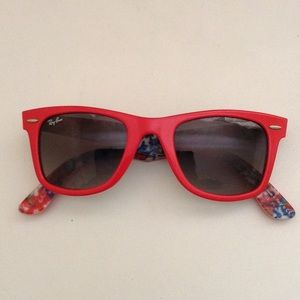 Ray-ban Wayfarer red special series #11 Authentic