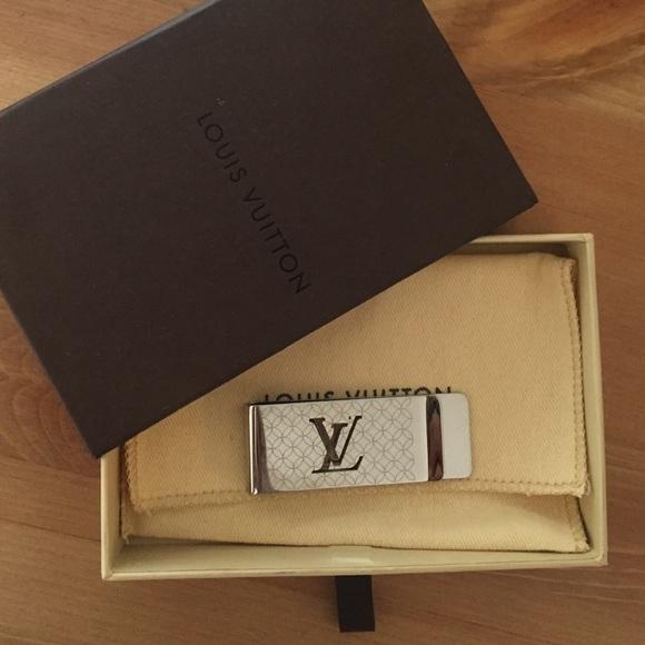 891b42c31544 Louis Vuitton Accessories - Louis Vuitton Champs Elysees Bill Clip