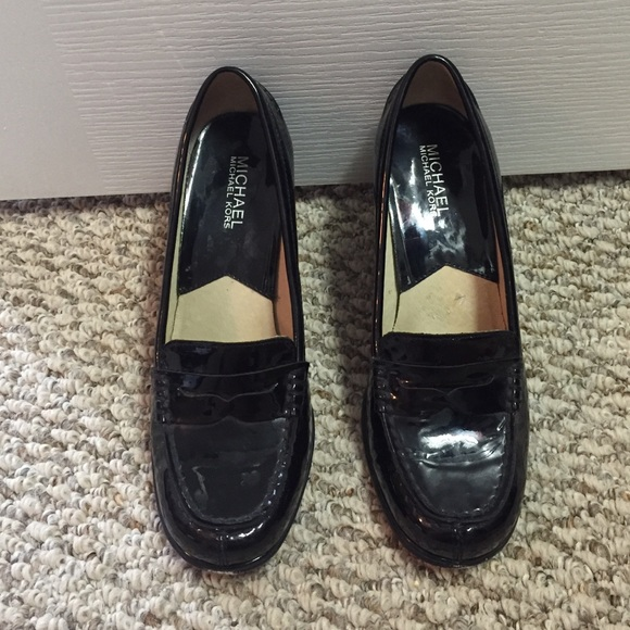 6bc620f2a6b Michael Kors penny loafer pumps. M 577eafd9eaf030bdfd007732