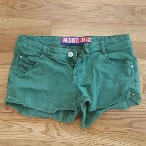 Alcott Pants - Green cut off shorts